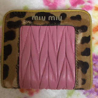 ミュウミュウ(miumiu)のmiumiu 短財布(折り財布)