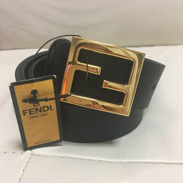 FENDI(フェンディ)の新品本物☆ フェンディ  ベルト 110-125 メンズのファッション小物(ベルト)の商品写真