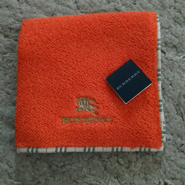 BURBERRY(バーバリー)のバーバリータオルハンカチ レディースのファッション小物(ハンカチ)の商品写真