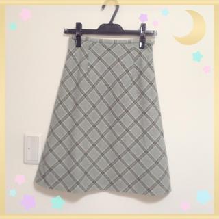ハニーズ(HONEYS)のチェック柄ウールスカート(ひざ丈スカート)