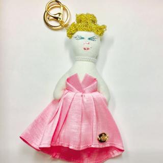 ピンクドレスのマドマゼル再入荷です🤗💕(バッグチャーム)