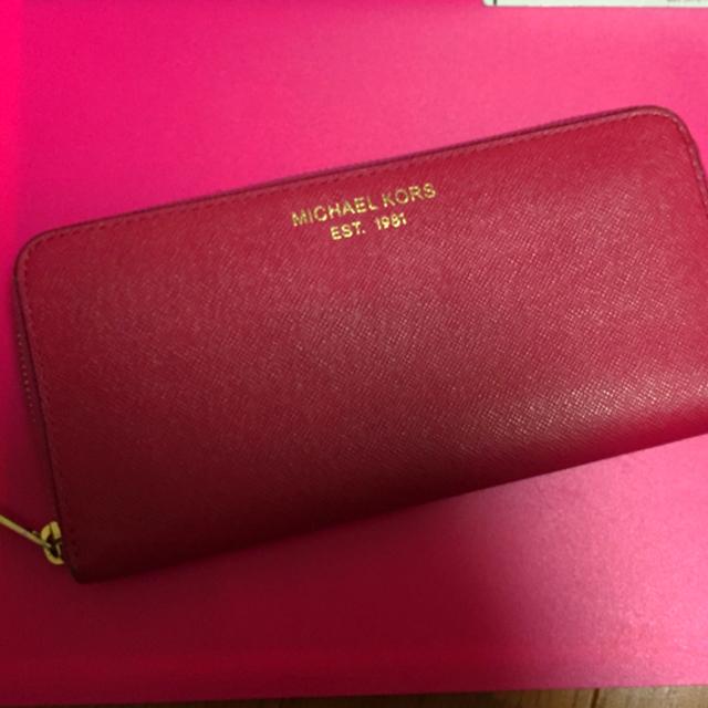 size 40 4f301 d77f9 大幅お値下げ 赤&ピンクバイカラー長財布 マイケルコース 美品 | フリマアプリ ラクマ