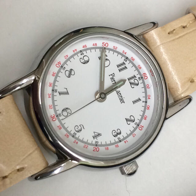 Pierre Lannier(ピエールラニエ)の【セール】Pierre Lannier 腕時計 クロコ型押しパールベージュ レディースのファッション小物(腕時計)の商品写真