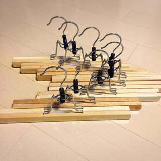 イケア(IKEA)のお値下げ不可【IKEA イケア】木製クリップハンガー 8本(押し入れ収納/ハンガー)