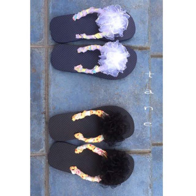 ★ハンドメイド★チュールフラワーモチーフビーチサンダル(ホワイト)❁ ハンドメイドのファッション小物(その他)の商品写真
