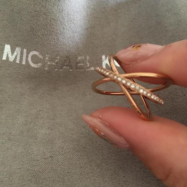 Michael Kors(マイケルコース)の指輪 7号  限定8/523:00まで格安価格 レディースのアクセサリー(リング(指輪))の商品写真