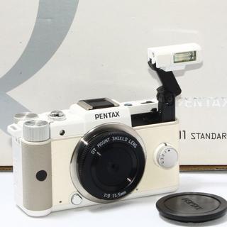 ペンタックス(PENTAX)の24h以内即日発送❤️PENTAX Q ホワイト 単焦点レンズキット♪(ミラーレス一眼)