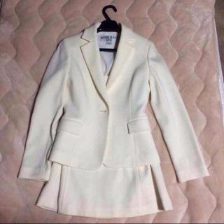 ナチュラルビューティーベーシック(NATURAL BEAUTY BASIC)のスーツ 白(スーツ)