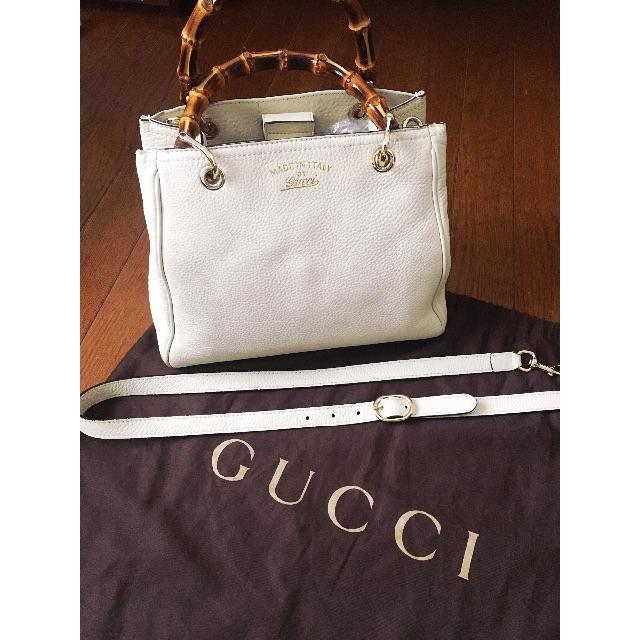 ff7f23f1332c Gucci(グッチ)のGUCCI グッチバンブーショッパー ハンドバッグ 白 レディースのバッグ(ハンドバッグ