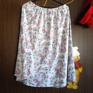 ウィゴー(WEGO)のパステル花柄ロングスカートAMO(ロングスカート)