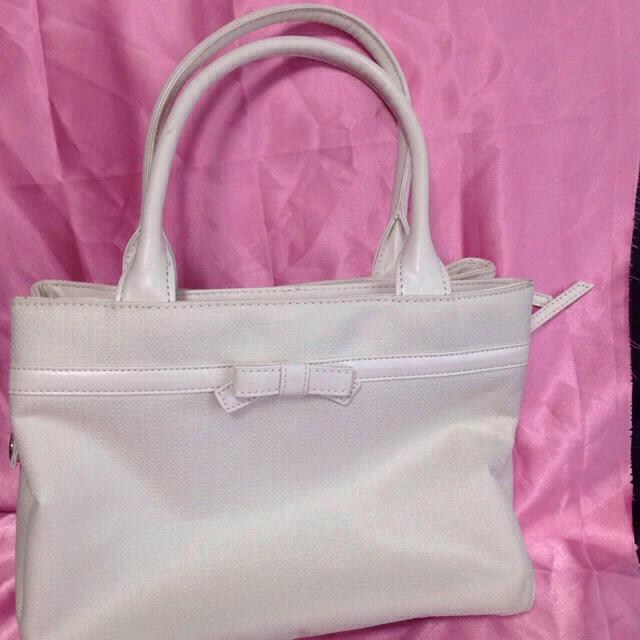 春の入学式 に 白トートバッグ レディースのバッグ(トートバッグ)の商品写真