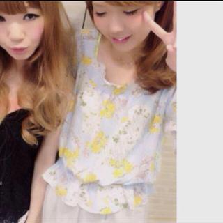 ミスティウーマン(mysty woman)の春物出品♡ トップス(Tシャツ(半袖/袖なし))