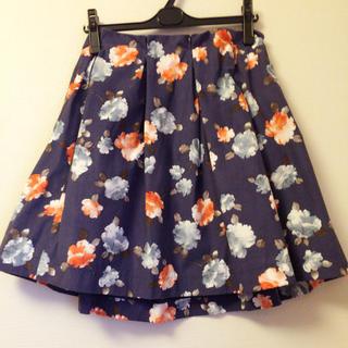 ココディール(COCO DEAL)のココディール 花柄スカート(ひざ丈スカート)