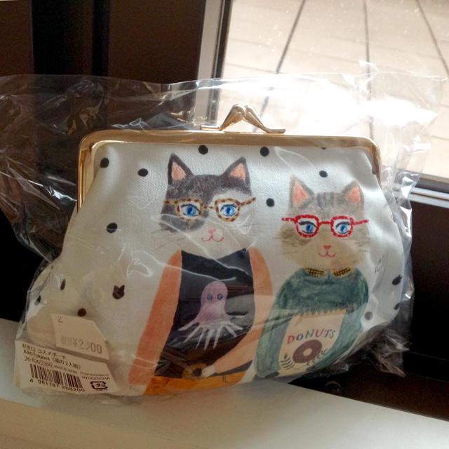 quatre saisons(キャトルセゾン)の新品★がま口 コスメポーチ《猫の2人組》 レディースのファッション小物(ポーチ)の商品写真