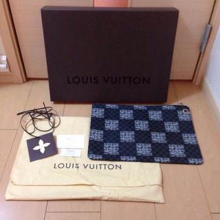 ルイヴィトン(LOUIS VUITTON)の正規品。レア。LOUIS VUITTON クラッチ(その他)