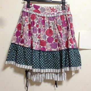 ジェーンマープル(JaneMarple)のリバティ柄スカート(ミニスカート)