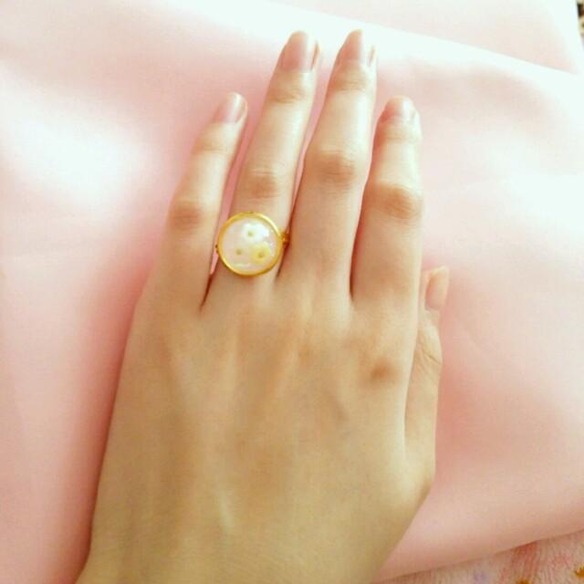 ピンク,パープル再販 sweet flower ring ハンドメイド ハンドメイドのアクセサリー(リング)の商品写真