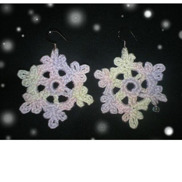 雪の結晶 ピアス ハンドメイドのアクセサリー(ピアス)の商品写真