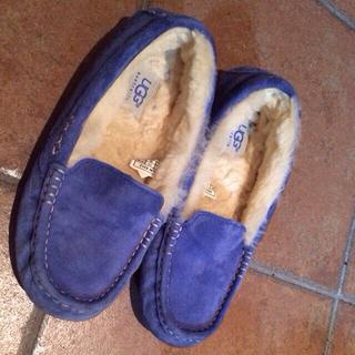 アグ(UGG)のUGGsapphire blue US5(ローファー/革靴)