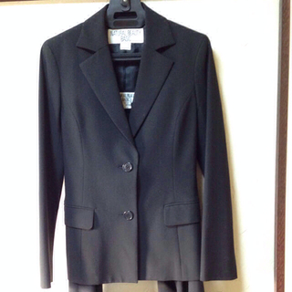 ナチュラルビューティーベーシック(NATURAL BEAUTY BASIC)のベーシック黒スーツセット(スーツ)