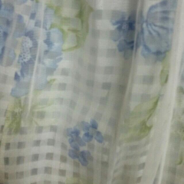 LIZ LISA(リズリサ)のリズリサ 花柄スカート シフォン レディースのスカート(ひざ丈スカート)の商品写真