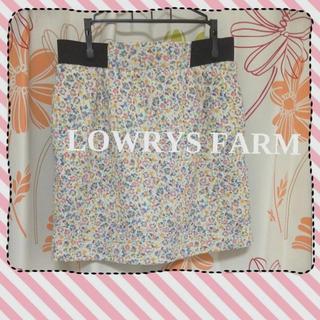 ローリーズファーム(LOWRYS FARM)のローリーズファーム花柄タイトスカート(ミニスカート)