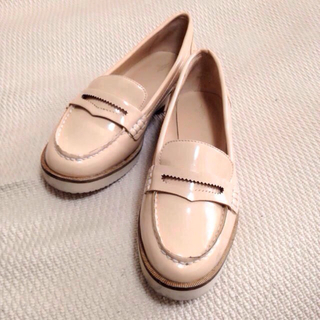 ザラ(ZARA)の★ZARA ドライビングシューズ☆(ローファー/革靴)