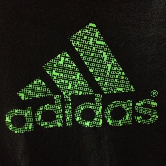 adidas(アディダス)のadidasのロンT レディースのトップス(Tシャツ(長袖/七分))の商品写真