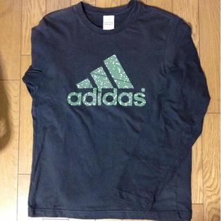 アディダス(adidas)のadidasのロンT(Tシャツ(長袖/七分))