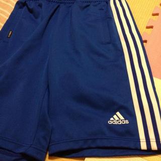アディダス(adidas)のadidas 青のハーフパンツ(ハーフパンツ)