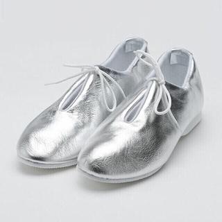 アトリエドゥサボン(l'atelier du savon)のErris Victoria  シルバー 靴 アトリエドゥサボン(ローファー/革靴)