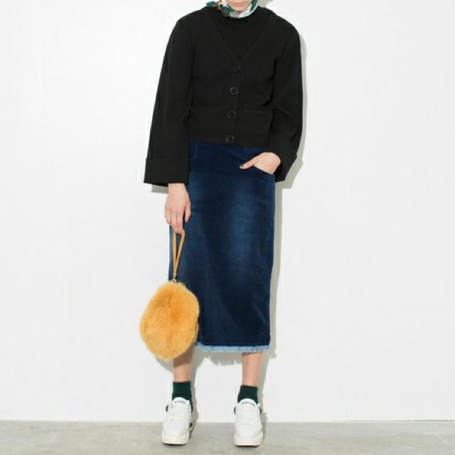 The Dayz tokyo(ザデイズトウキョウ)のthe dayz tokyo ponpon bag ハンドバッグ ファー レディースのバッグ(ハンドバッグ)の商品写真