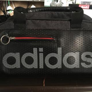 アディダス(adidas)のadidasミニボストンバッグ(ボストンバッグ)