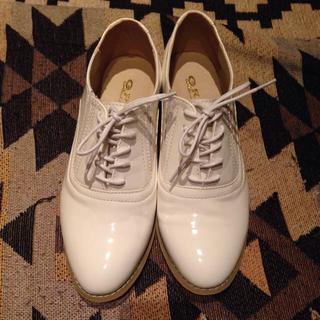 未使用!白エナメルオックスフォード(ローファー/革靴)