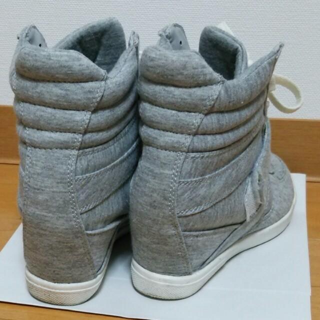 INGNI(イング)のINGNIのインヒールスニーカー♪ レディースの靴/シューズ(スニーカー)の商品写真