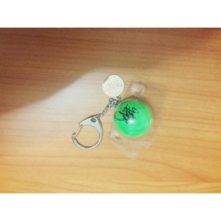 トリプルエー(AAA)のAAA サインボールキーホルダー 緑色(アイドルグッズ)