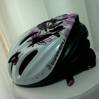 ルイガノ(LOUIS GARNEAU)のLOUIS GARNEAUルイガノ ヘルメット ホワイト&ピンク 女性用(その他)