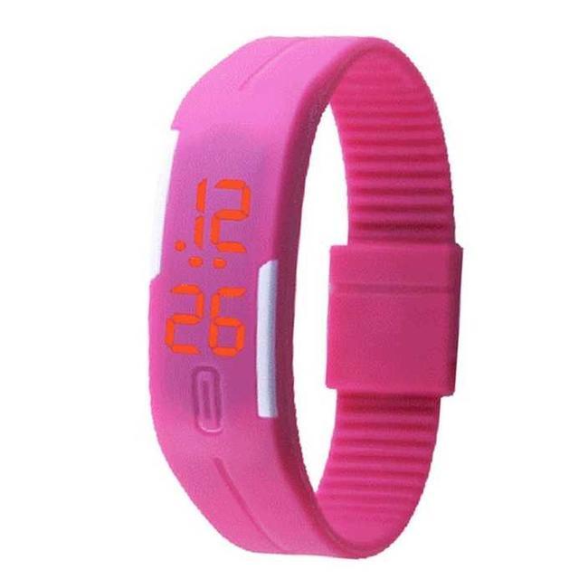 LED腕時計 スポーツ ウォッチ 男女兼用 ピンク レディースのファッション小物(腕時計)の商品写真