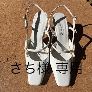白のパンプス☆(ハイヒール/パンプス)