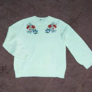 シマムラ(しまむら)の刺繍ニット 白 Lサイズ(ニット/セーター)