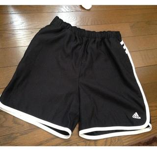 アディダス(adidas)のadidas♡短パン(ハーフパンツ)