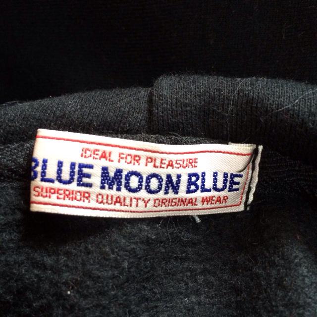 BLUE MOON BLUE(ブルームーンブルー)のBMB*フード付きトレーナー レディースのトップス(トレーナー/スウェット)の商品写真