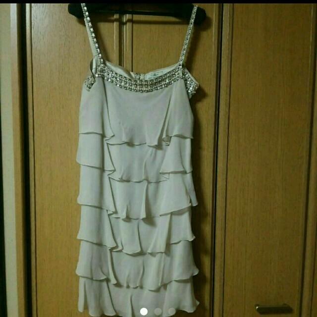 GRACE CONTINENTAL(グレースコンチネンタル)のグレースコンチネンタル グレースクラス ドレス ワンピース ベージュ レディースのフォーマル/ドレス(ミディアムドレス)の商品写真