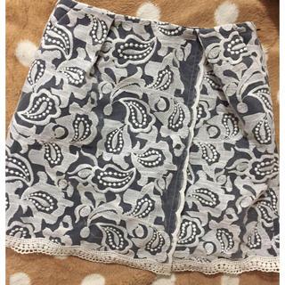 マーキュリーデュオ(MERCURYDUO)のマーキュリーデュオ♡刺繍レース巻きスカート(ミニスカート)