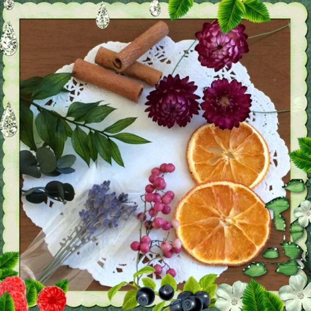 プリザーブドフラワーとドライフラワー、ドライフルーツ、自然素材のアソート【G】 ハンドメイドのフラワー/ガーデン(ドライフラワー)の商品写真