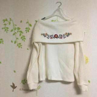 シマムラ(しまむら)のオフショル刺繍ニット(ニット/セーター)