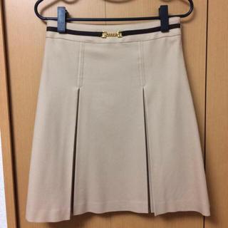 デビュードフィオレ(Debut de Fiore)のデビュー・ド・フィオレの膝丈スカート(ひざ丈スカート)