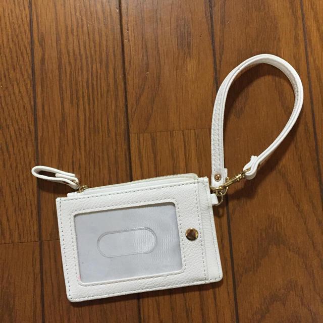 しまむら(シマムラ)のyuzutti様お取り置きしまむら ジミーチュウ風スタッズカードケース レディースのファッション小物(名刺入れ/定期入れ)の商品写真