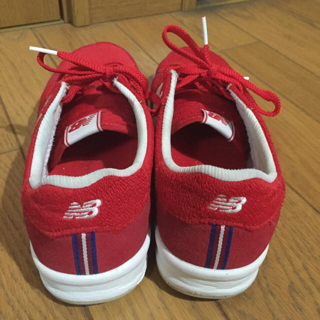 New Balance(ニューバランス)のニューバランス 赤 スニーカー メンズの靴/シューズ(スニーカー)の商品写真