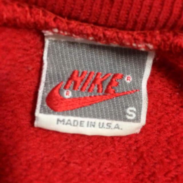 NIKE(ナイキ)のNIKE ジョーダン ロゴ プリント スウェット トレーナー レッド 赤 メンズのトップス(スウェット)の商品写真